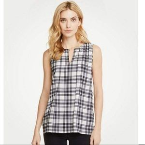 NWT Ann Taylor Plaid Pleat Front Shell Size Large